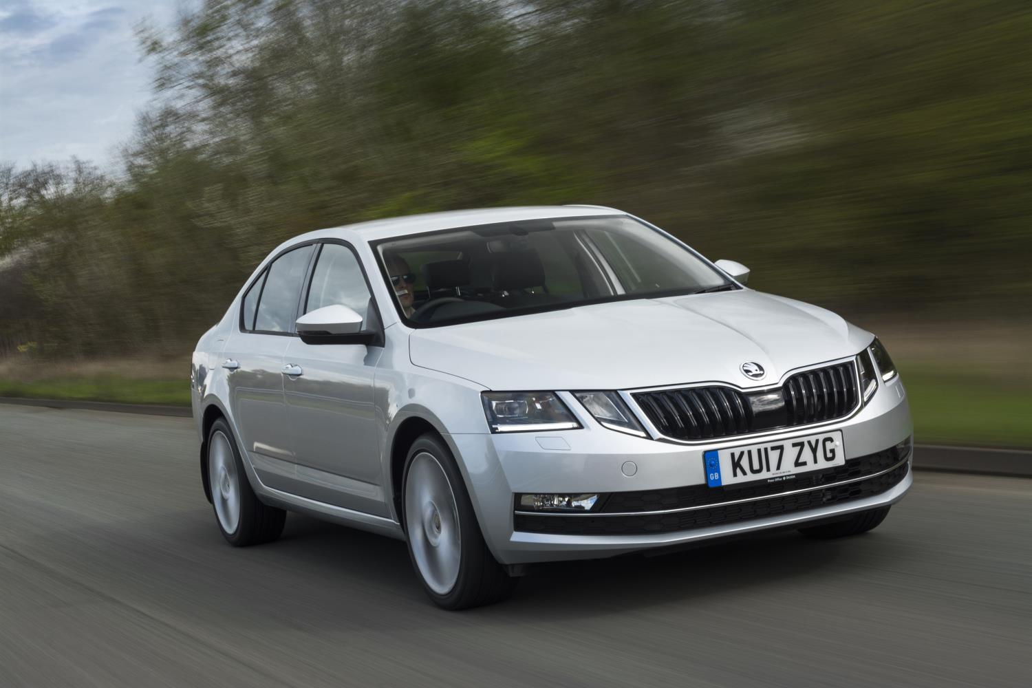 Skoda Octavia silver front view