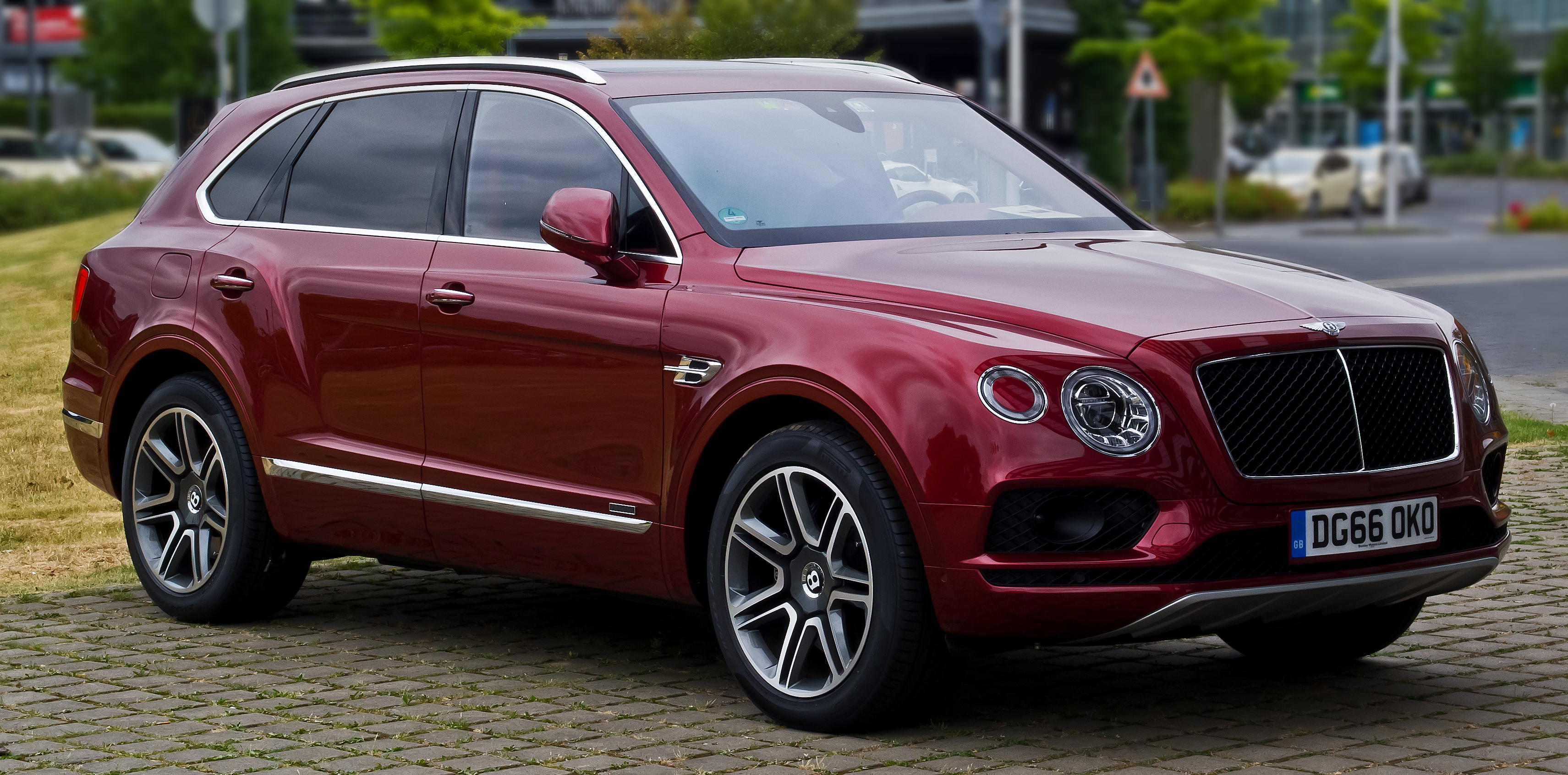 journal accessory fishing com bentayga suv james fly ultra ne ultimate july bentley the jameslipman lipman time mulliner luxury amongst iceland photo by seat plus angling price