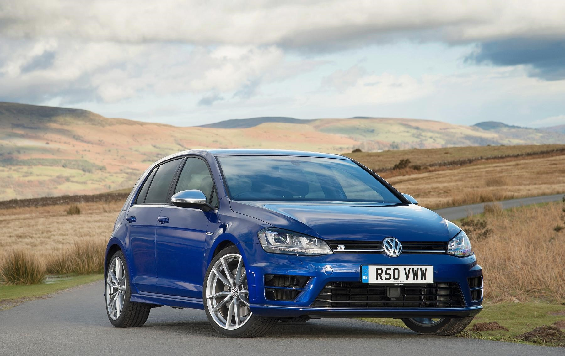 Golf R front view in blue