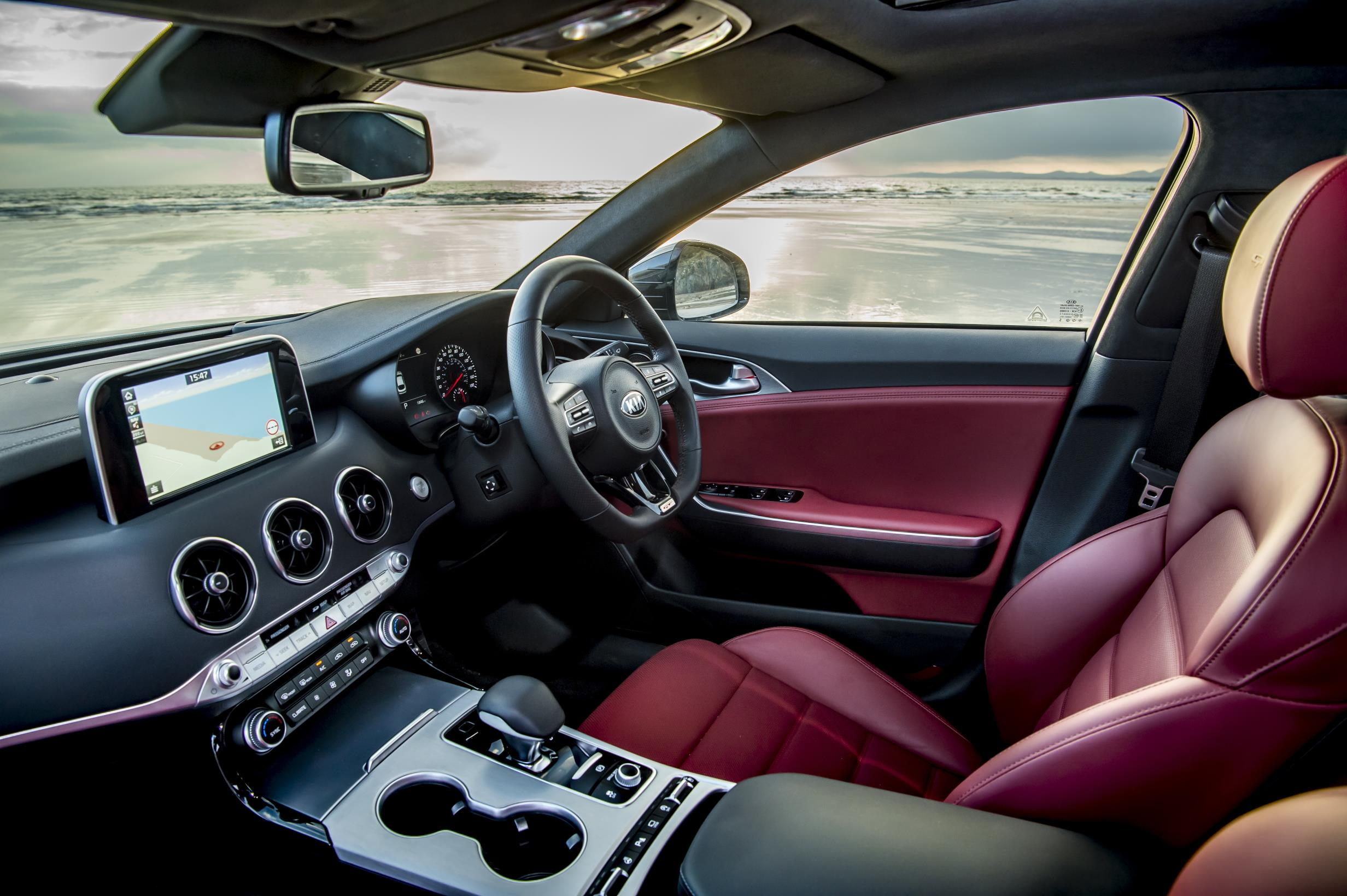 Kia Stinger dashboard red seats