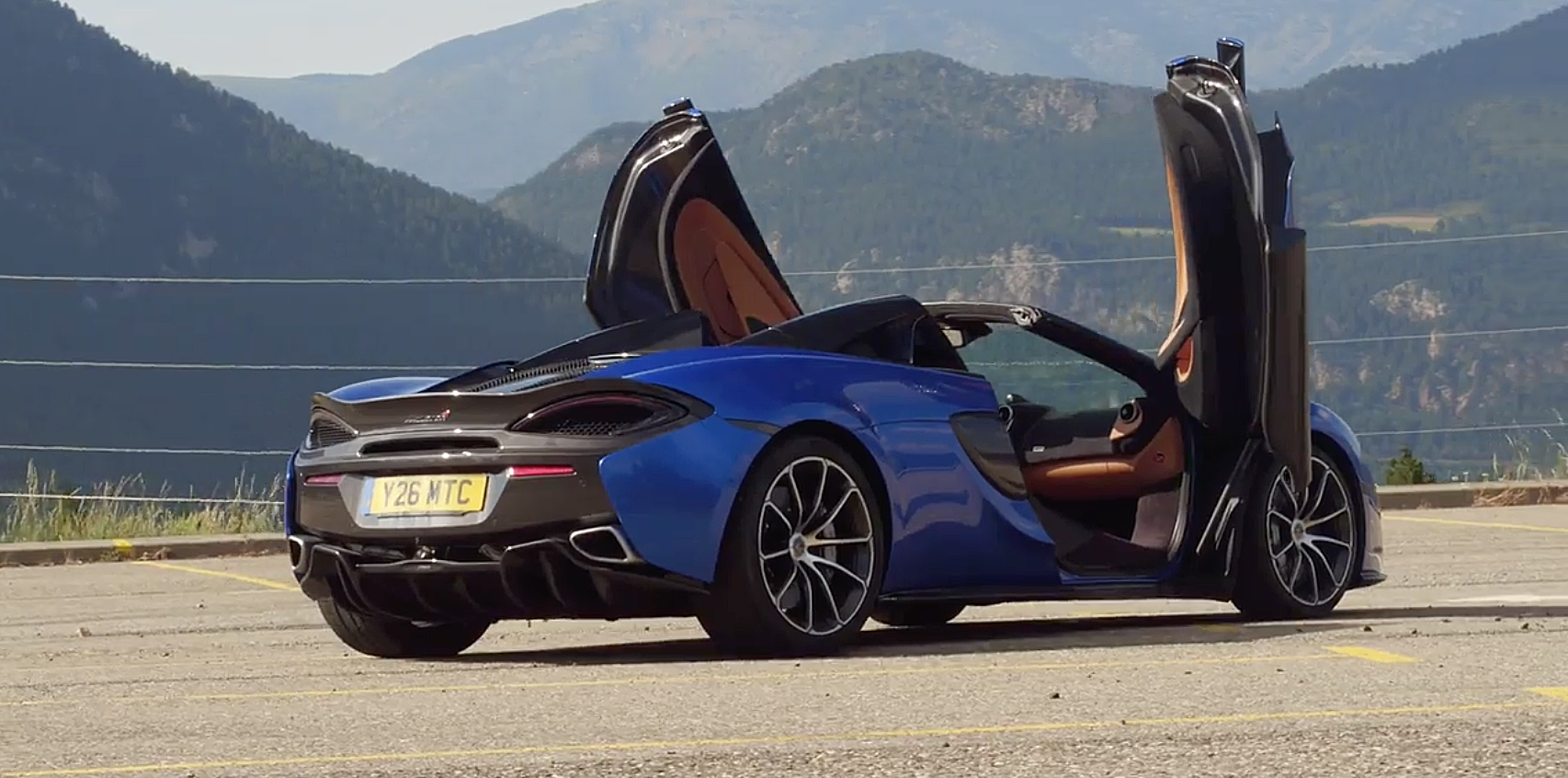 Which Is Better The Mclaren 720s Or The Mclaren 570s Spider