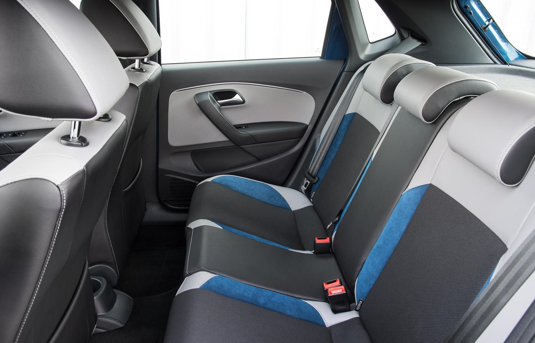 Volkswagen Polo interior back seats