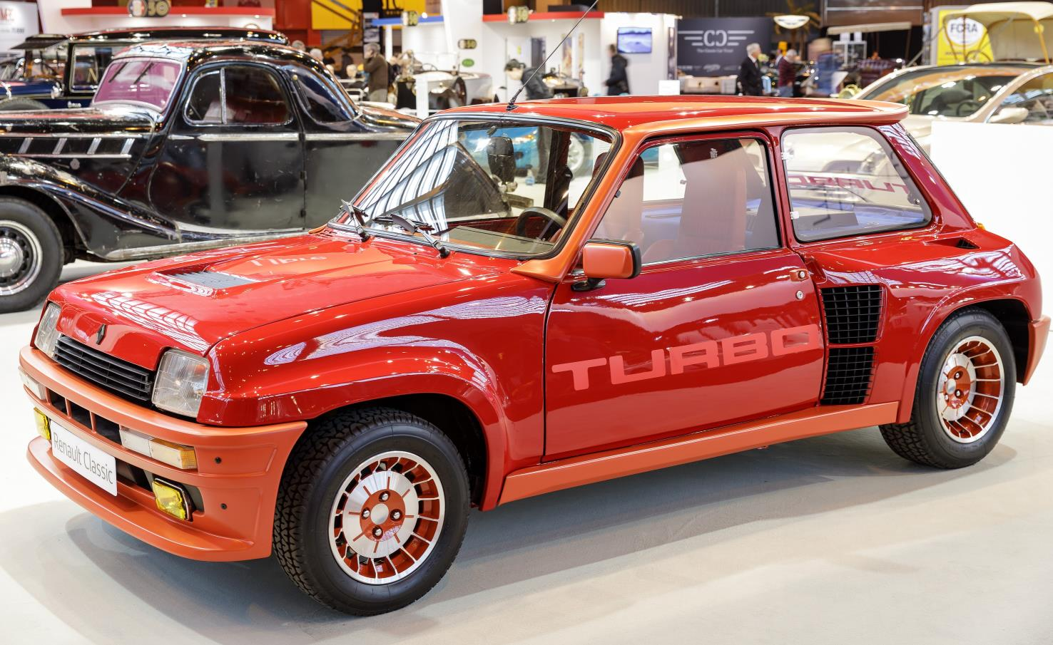 Renault 5 Turbo side view red
