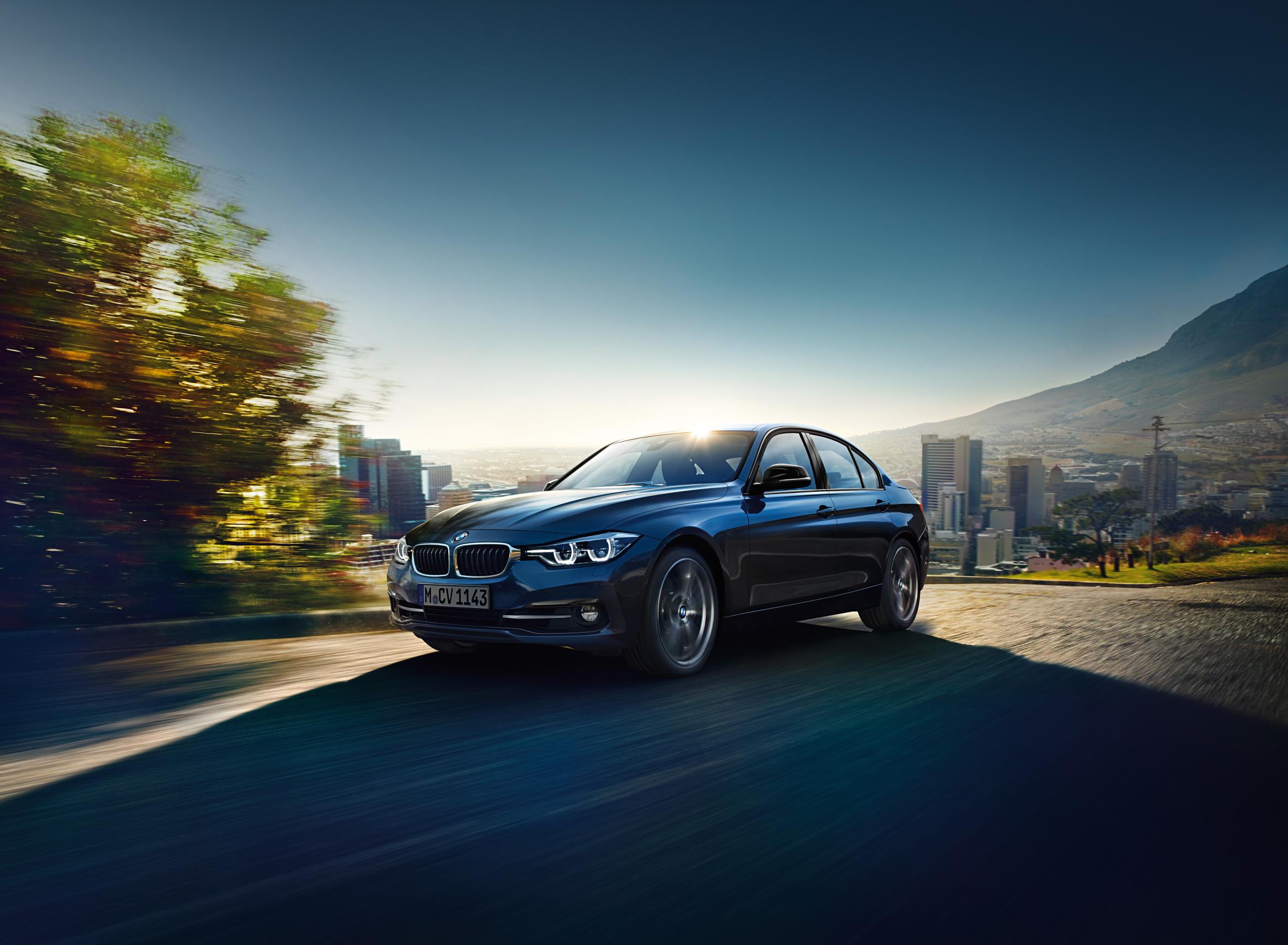 BMW 320d front view