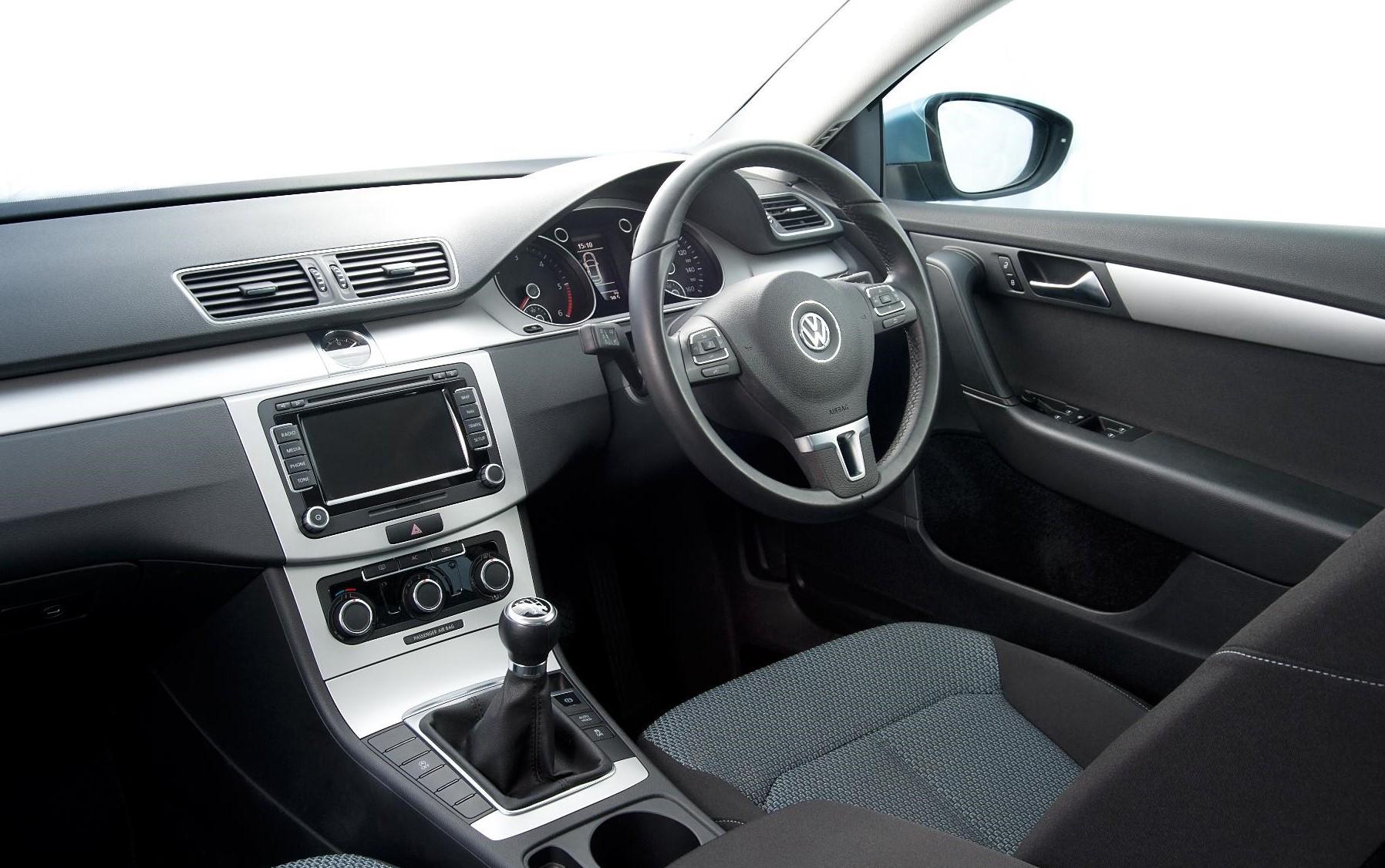 Vauxhall Passat dashboard interior