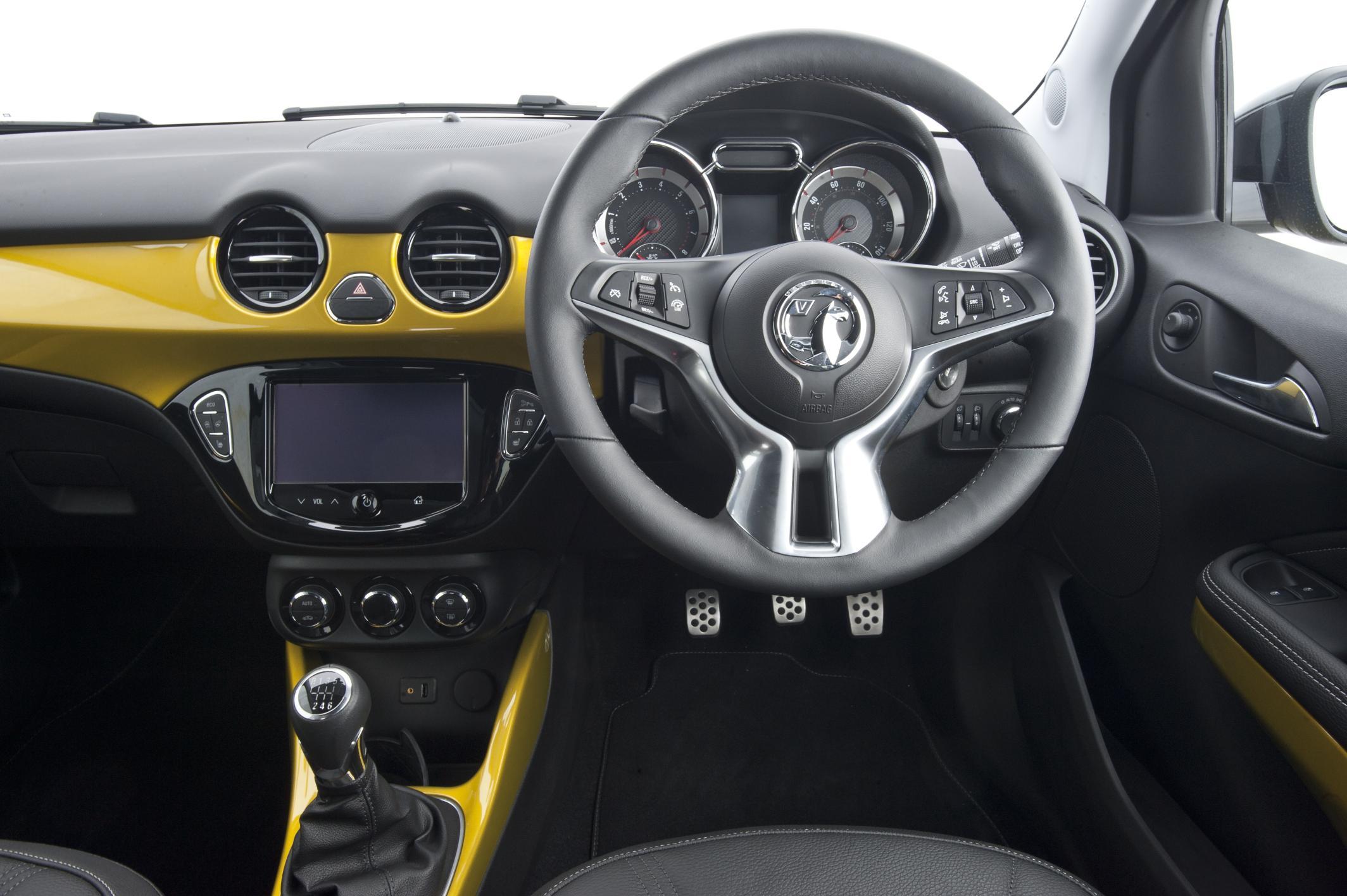 Vauxhall Adam dashboard interior
