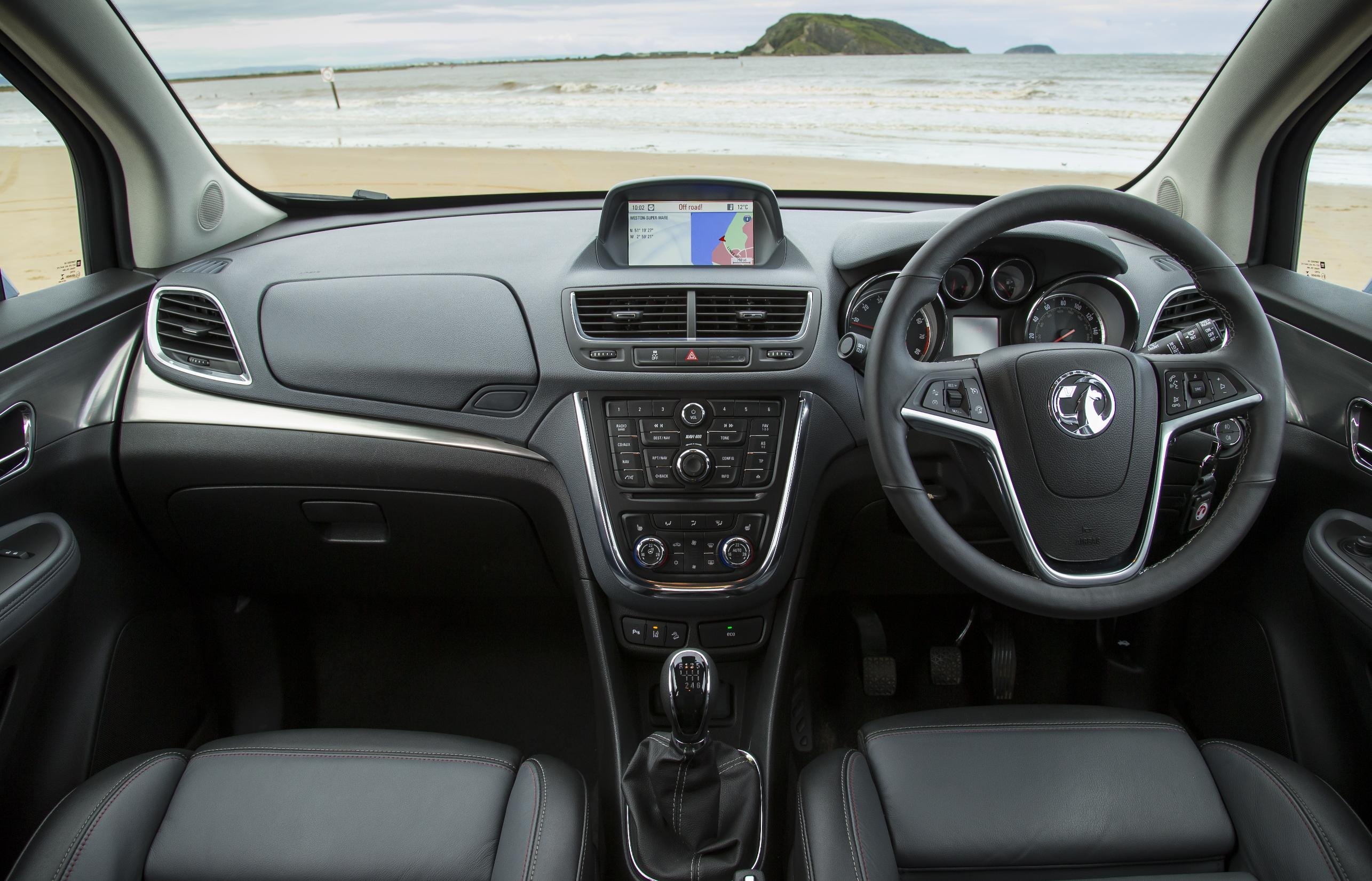 Vauxhall Mokka dashboard interior