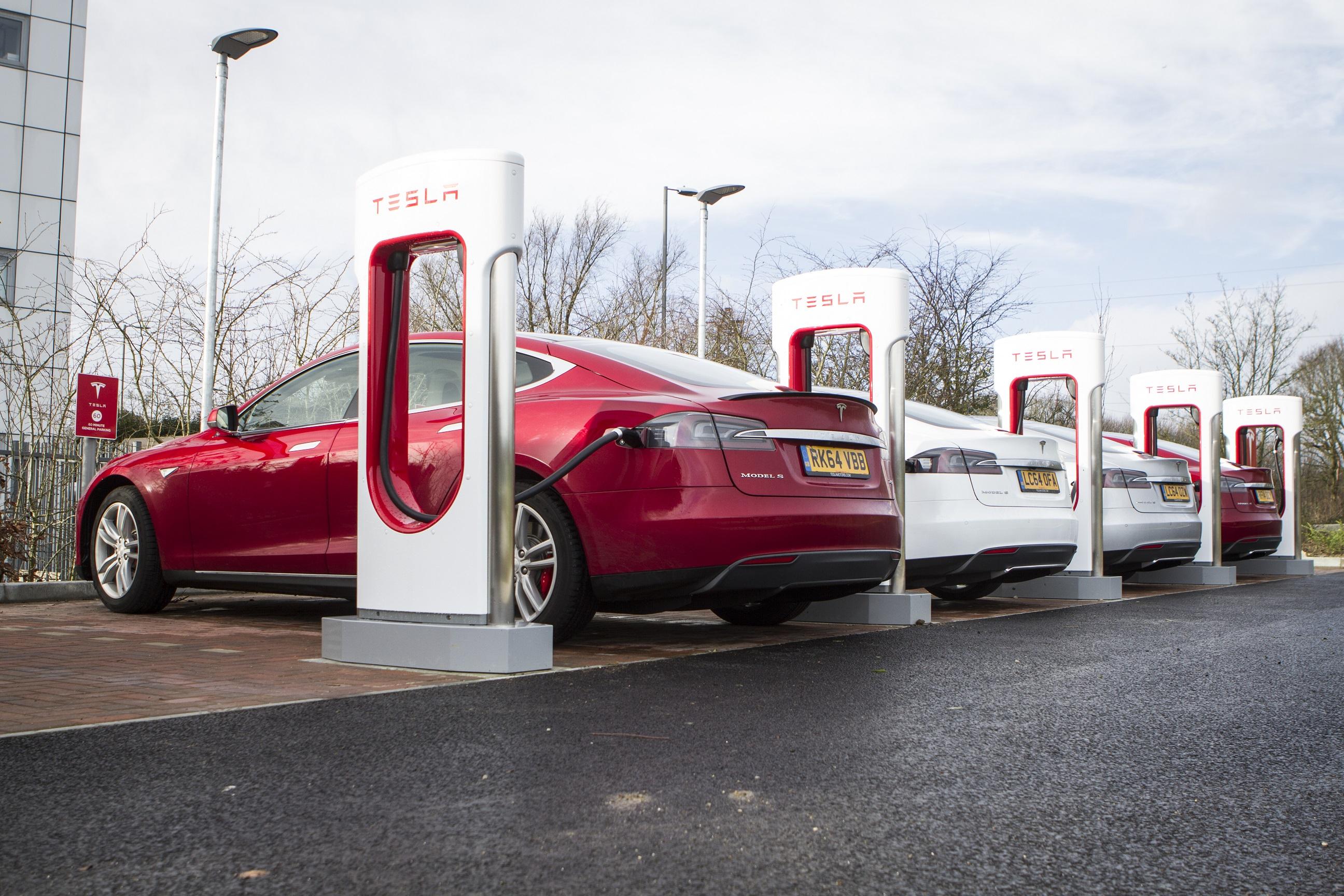 Tesla Model S x3 all charging